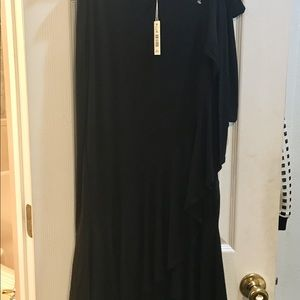 Max studio skirt NWT runs big